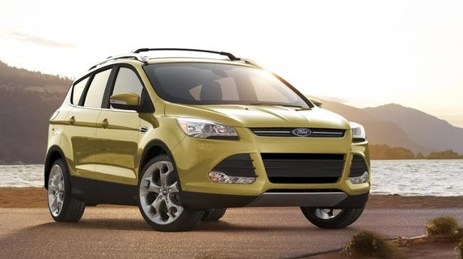 Ford Escape 2014 ra mắt với 3 phiên bản base, SE và Titanium