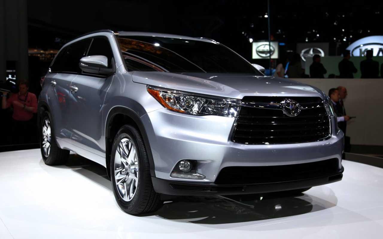 Toyota Highlander được đánh giá cao hơn qua những thử nghiệm về độ an toàn