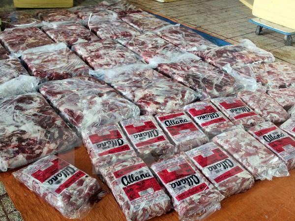 Không chỉ có thịt heo giả còn có thịt trâu nhúng hóa chất 'nhái' thịt bò