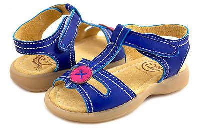 Hàng nghìn đôi giày trẻ em Livie & Luca buộc phải thu hồi vì làm bị thương trẻ