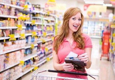 Để tiết kiệm chi tiêu ngày Tết, mọi người cần lên kế hoạch cụ thể những khoản cần chi, đồ cần mua