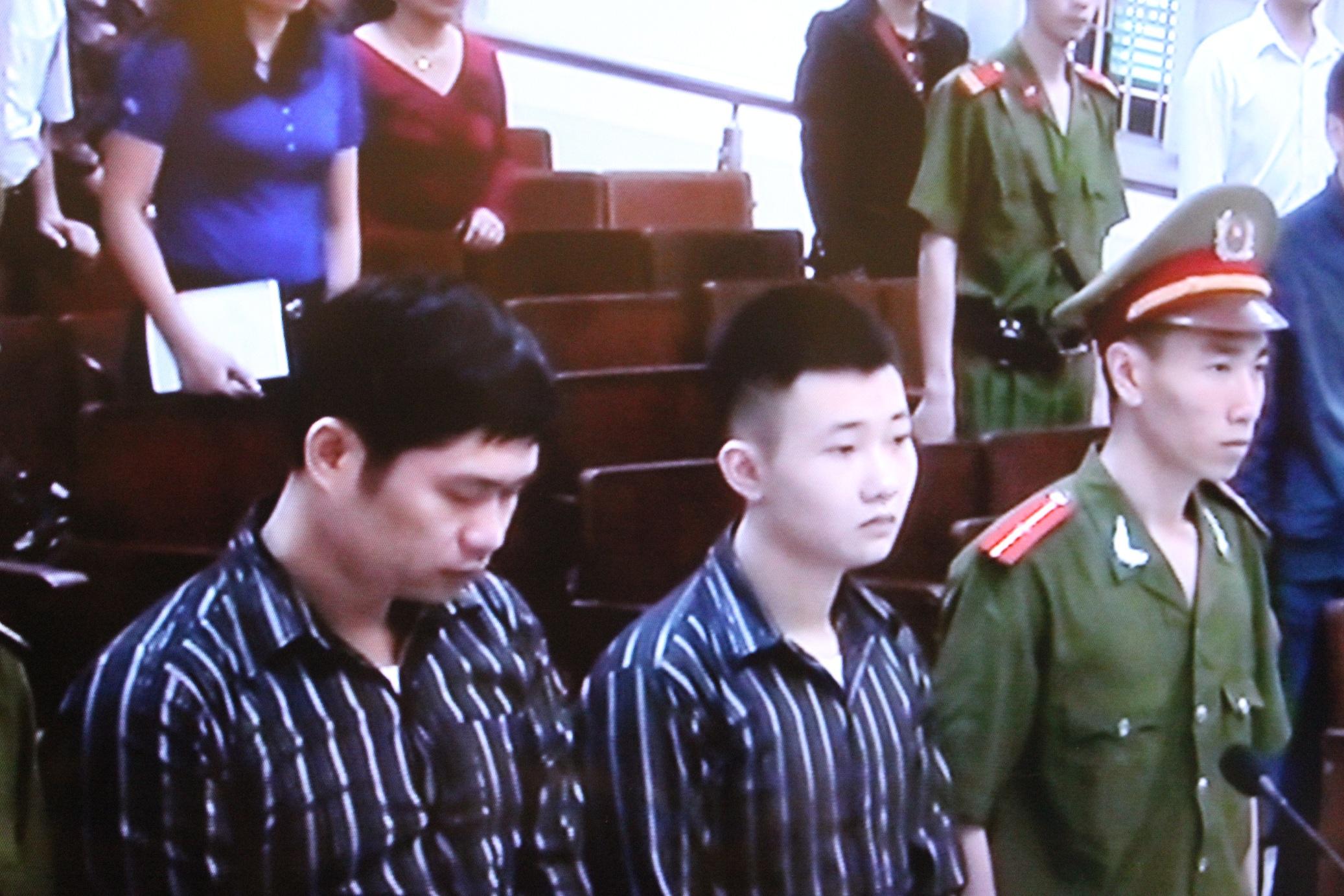 Phiên tòa xét xử vụ án thẩm mỹ viện Cát Tường ngày 14/4/2014