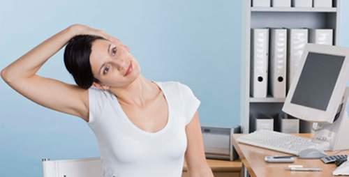 Bài tập thể dục cổ cho dân văn phòng.