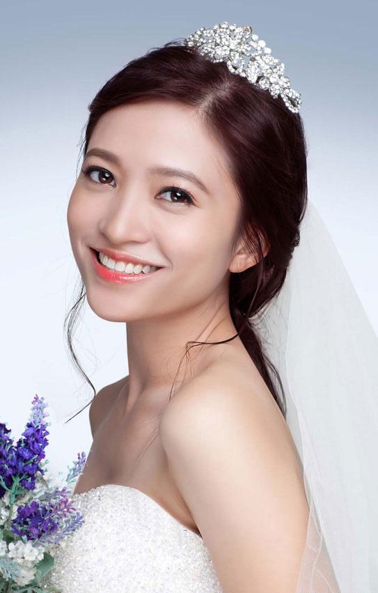 Xu hướng trang điểm cô dâu tối giản và tự nhiên đang rất được ưa chuộng