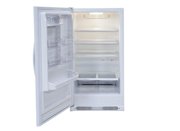 Tủ lạnh nên đặt ở những vị trí khô ráo tránh nhiễm điện