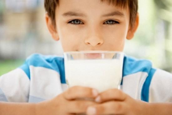 Cần uống sữa đúng cách mới phát huy được tác dụng mà nó mang lại