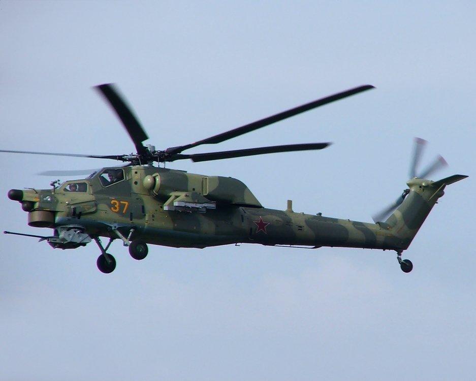 Máy bay trực thăng tấn công Mi-28 Havoc của Nga: Đây được xem là máy bay trực thăng tấn công của lực lượng không quân và quân đội Nga. Thiết bị được trang bị một khẩu pháo tự động bắn đạn 30 mm. Ngoài ra, nó có thể mang 4 tên lửa chống tăng cùng rocket và súng máy gắn bên ngoài