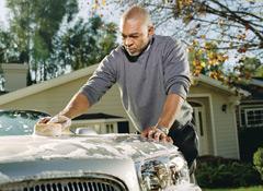 Lưu ý tân trang lại toàn bộ xe ô tô cũ trước khi mua bán