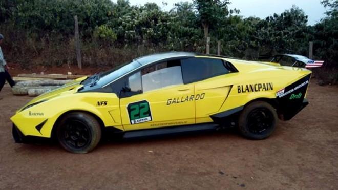 Lamborghini Reventon tự chế tại Đắk Nông là mẫu xe ô tô độc đáo thu hút sự chú ý của cộng đồng