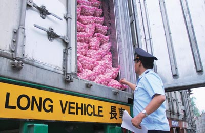 Xuất khẩu nông sản có thể gặp khó tạm thời khi Trung Quốc giảm lượng nhập khẩu