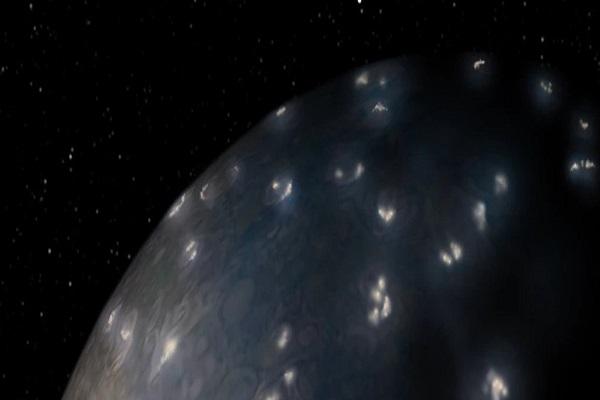 Giải mã điều bí ẩn kì thú về những cơn bão sét điên rồ trên sao Mộc