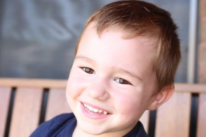 Leon Sidari, 4 tuổi, mất ngày Giáng sinh 2017, chưa đầy hai ngày sau khi cậu bắt đầu cảm thấy bị bệnh cúm. Ảnh:globalnews