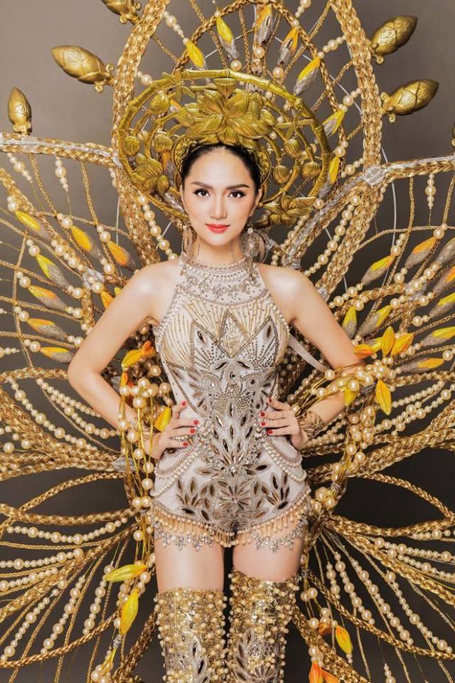 Bất ngờ trước nhan sắc đẹp 'hút hồn' của Hương Giang Idol ở Hoa hậu Chuyển giới