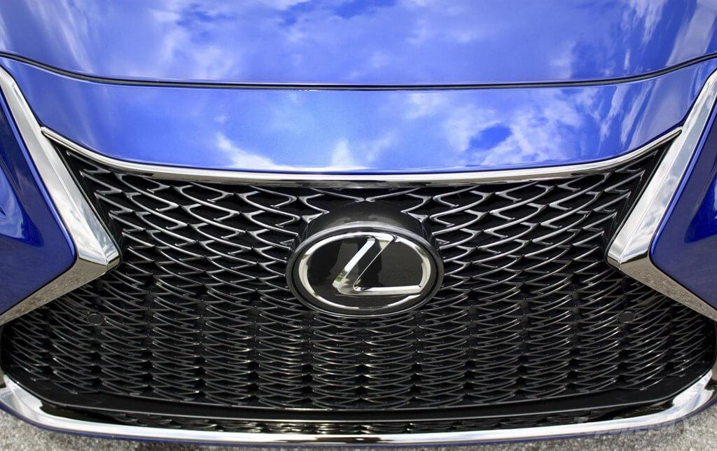 Lexus ES 2019 phiên bản mới trình làng có gì 'hot'