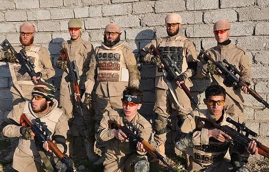 Biệt đội bắn tỉa của nhóm khủng bố IS