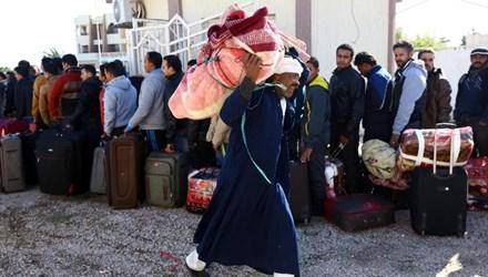 Người dân Ai Cập rời khỏi Libya
