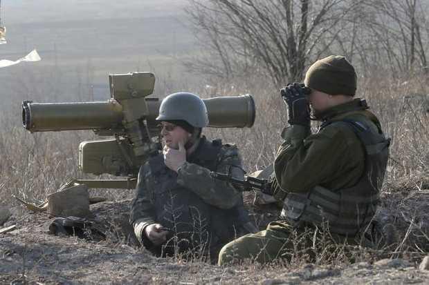Tình hình Ukraine mới nhất: Đức cảnh báo chống lại cung cấp vũ khí gây chết người cho Ukraine