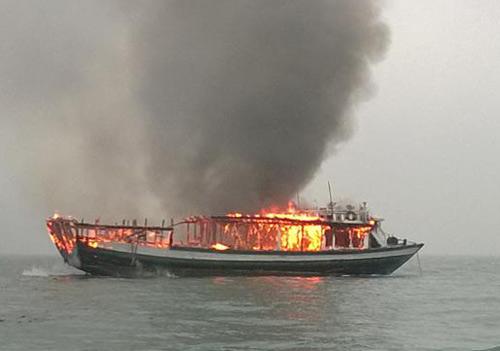Cháy tàu trên vịnh Hạ Long vẫn là rõ nguyên nhân là tin tức mới cập nhật 24h hôm nay