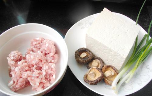 Nguyên liệu trong cách làm đậu nhồi thịt đơn giản