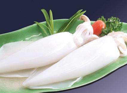 Mực tươi là nguyên liệu chính trong cách làm mực xào chua ngọt