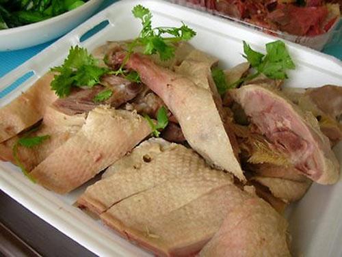 Bí quyết trong cách luộc thịt vịt ngon, không hôi cực đơn giản