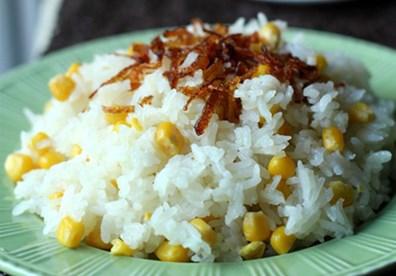 Món xôi ngô thơm ngon, béo ngậy vị cốt dừa là món ăn sáng cho cả nhà