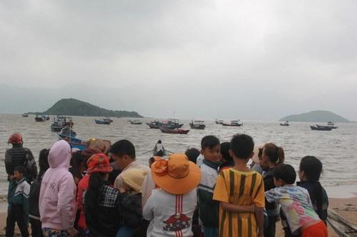 tin tức mới cập nhật 24h ngày 17/12: Người dân thôn Ngọc Diêm ngóng chờ tin về 2 người đang mất tích