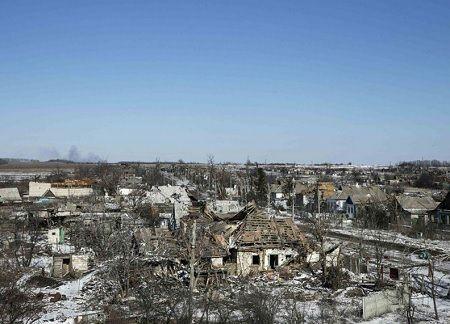 Thị trấn Debaltseve hoang tàn sau cuộc tổng tấn công của phe ly khai là tin tức mới cập nhật 24h ngày 21/02/2015