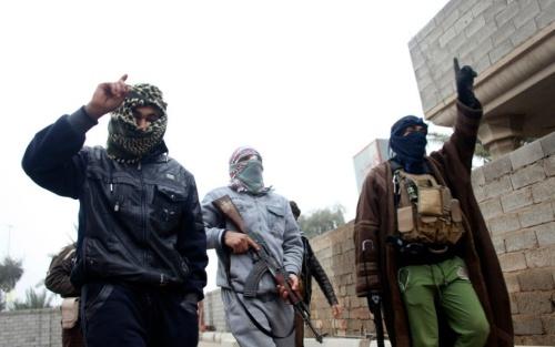 Ba nam thiếu niên Anh bị bắt trên đường gia nhập nhóm khủng bố IS