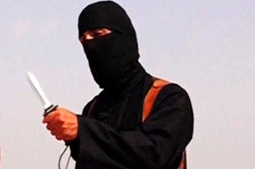 Kẻ giấu mặt trong các video hành quyết con tin của nhóm Nhà nước Hồi giáo