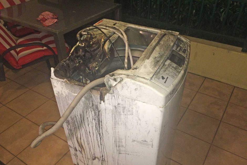 Máy giặt Samsung bị lỗi, quá nóng khi hoạt động và gây cháy nổ