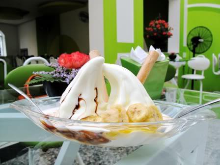 Kem chua NZ cũng là một trong những quán kem ngon ở Hà Nội không thẻ bỏ lỡ