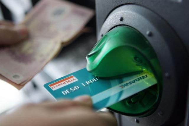 Không để máy ATM hết tiền dịp nghỉ lễ