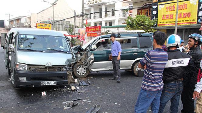 Bộ GTVT đề nghị chưa tịch thu phương tiện của lái xe vi phạm nồng độ cồn là tin tức mới cập nhật 24h ngày 31/03/2015