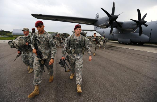 Lính Mỹ thuộc lữ đoàn không vận 173 tại căn cứ Vicenza, Ý
