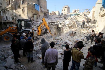tin tức về tình hình chiến sự Syria mới nhất ngày 16/2/2016 cho biết Quân đội Syria áp sát căn cứ Raqqa của IS