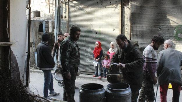 Syria cho phép cứu trợ nhân đạo 7 khu vực bị vây hãm là tin tức về tình hình chiến sự Syria mới nhất ngày 18/2/2016