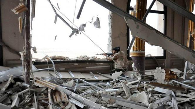 Tình hình chiến sự Syria mới nhất ngày 27/3/2016 cho thấy Syria phản công tái chiếm Palmyra từ tay IS