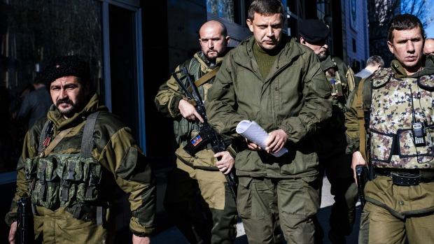 Thủ lĩnh lực lượng ly khai Donetsk Alexander Zakharchenko cảnh báo xung đột có thể leo thang trở lại ở miền đông Ukraine