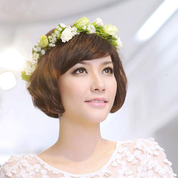 Tóc cô dâu tuyệt đẹp với kiểu tóc ngắn đơn giản mà quyến rũ
