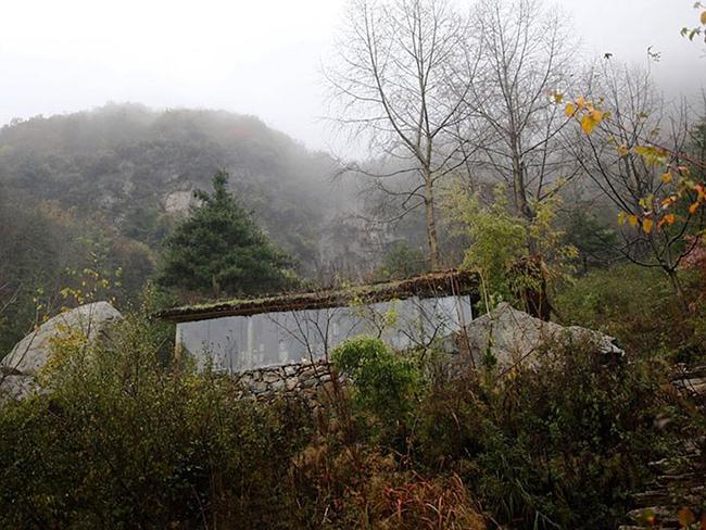 Triệu phú Trung Quốc - Liu Jingchong hiện đang cư trú tại túp lều nhỏ này.