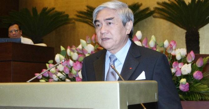 Bộ trưởng Bộ Khoa học và Công nghệ Nguyễn Quân trả lời chất vấn của các đại biểu