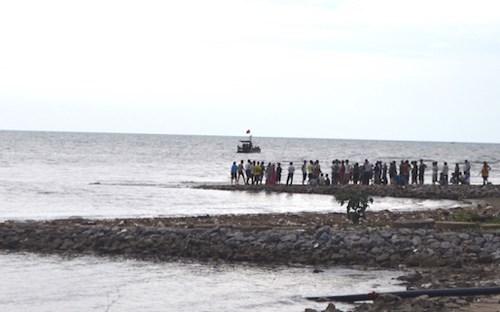2 chị em chết đuối do bị nước biển cuốn trôi, hiện vẫn chưa tìm thấy thi thể