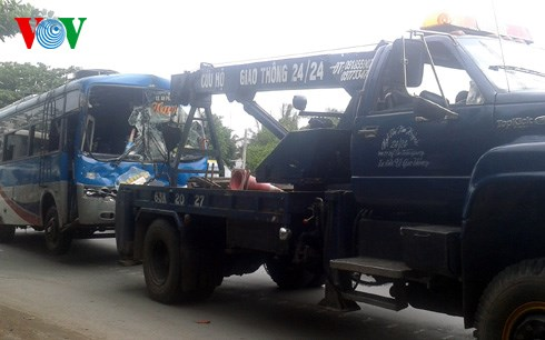 Tin tức tai nạn giao thông 3 xe đâm liên hoàn tại Tiền Giang