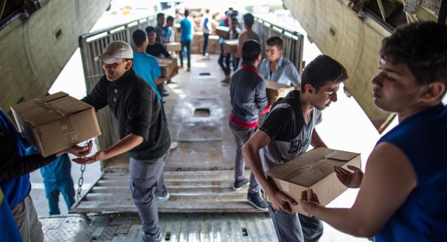 Hàng viện trợ tới Syria, theo tin tức mới cập nhật về tình hình chiến sự Syria
