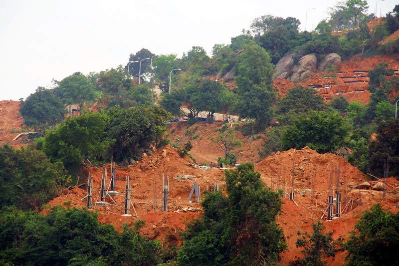 Khu vực công trình thành ủy Đà Nẵng yêu cầu dừng thi công. Ảnh: Vietnamnet