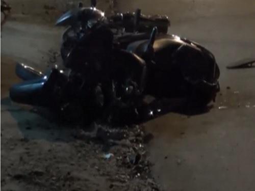 tai nạn giao thông ngày 28/5: Xe máy đối đầu, cụ ông tử vong, thanh niên nguy kịch
