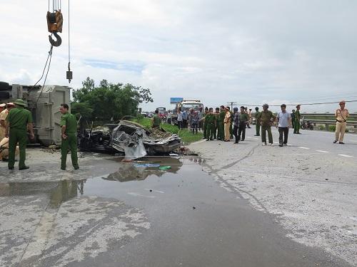 Tai nạn giao thông mới nhất 24h qua ngày 14/7/2017