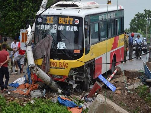 Tai nạn giao thông mới nhất 24h qua ngày 16/7/2017