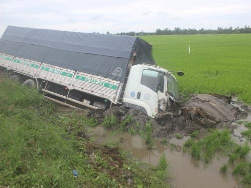 Tai nạn giao thông mới nhất 24h qua ngày 19/7/2017